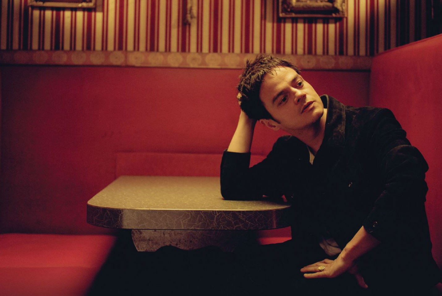 Jamie Cullum Shares New Track 'Drink'